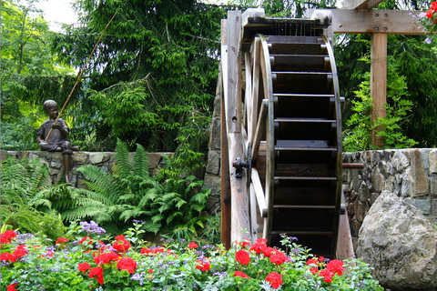 Water Wheel in Walled Country Garden