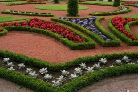 formal garden demonstrating rhythm and motion principles